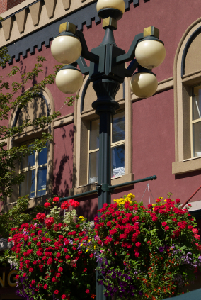 New West Heritage Preservation Society - Heritage Lamppost